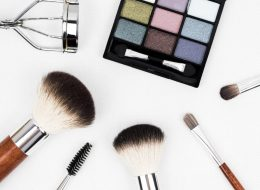 makeup-brush-1761648_1920